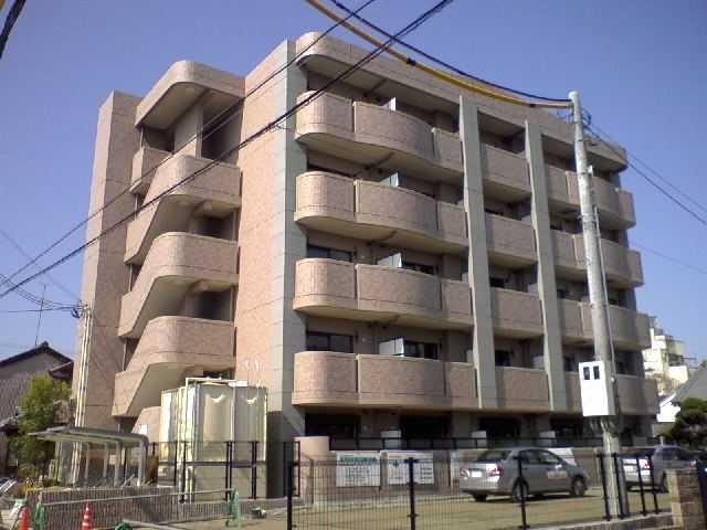 奈良県大和高田市、高田駅徒歩8分の築7年 5階建の賃貸マンション