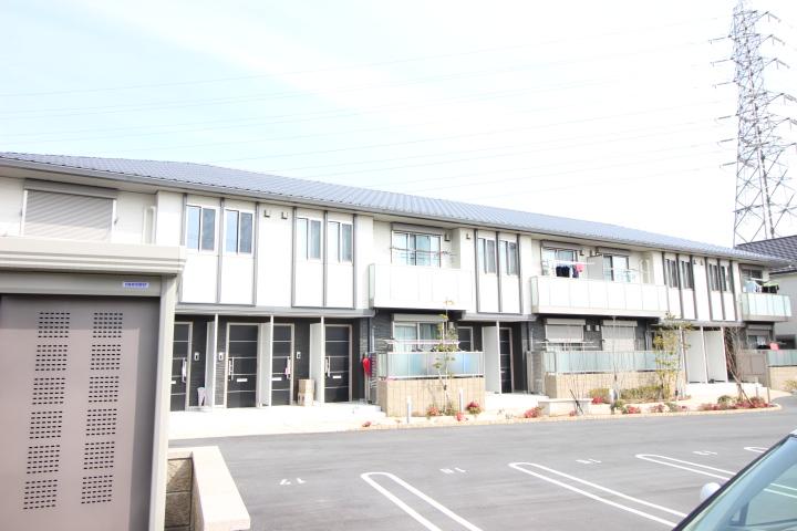 奈良県葛城市、大和新庄駅徒歩13分の築1年 2階建の賃貸アパート