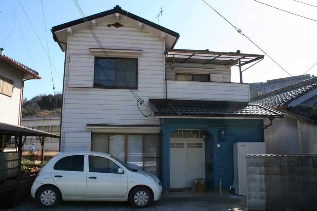 奈良県御所市、葛駅徒歩16分の築39年 2階建の賃貸一戸建て