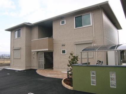 奈良県葛城市、大和新庄駅徒歩4分の築5年 2階建の賃貸アパート