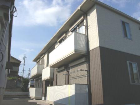 奈良県北葛城郡広陵町、築山駅徒歩9分の築5年 2階建の賃貸アパート