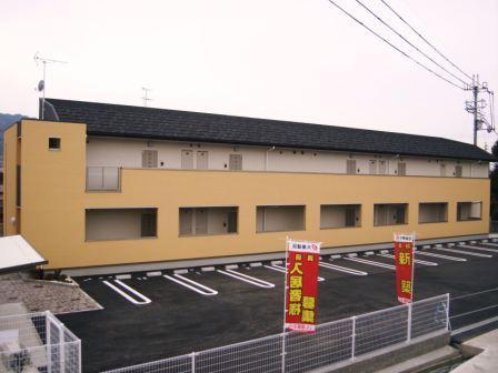奈良県御所市、御所駅徒歩18分の築6年 2階建の賃貸アパート