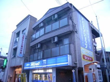 奈良県大和高田市、大和高田駅徒歩1分の築21年 3階建の賃貸アパート