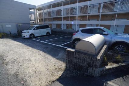 レオパレス伏見Ⅱ[1K/19.87m2]の駐車場