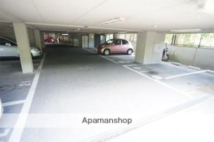 グリーンフィールド平城山[3LDK/56m2]の駐車場