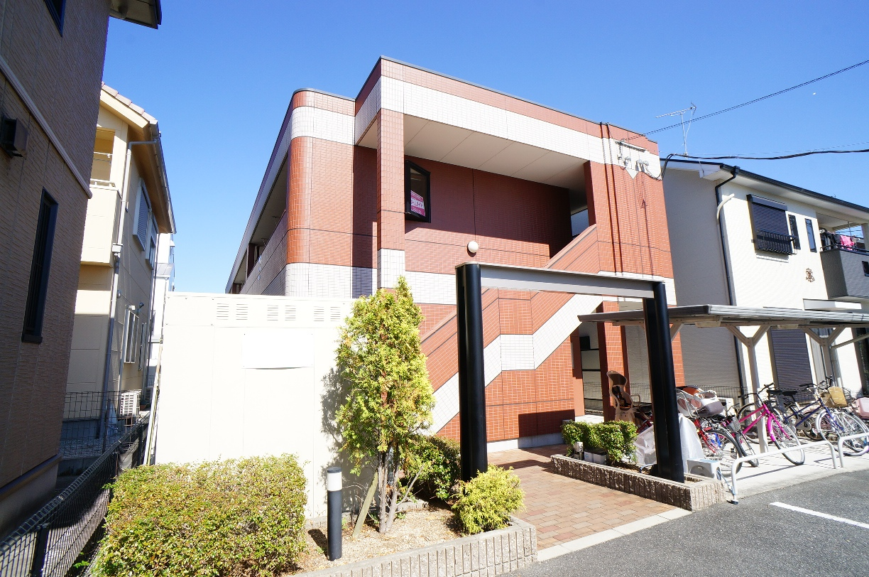 奈良県葛城市、大和新庄駅徒歩16分の築10年 2階建の賃貸アパート