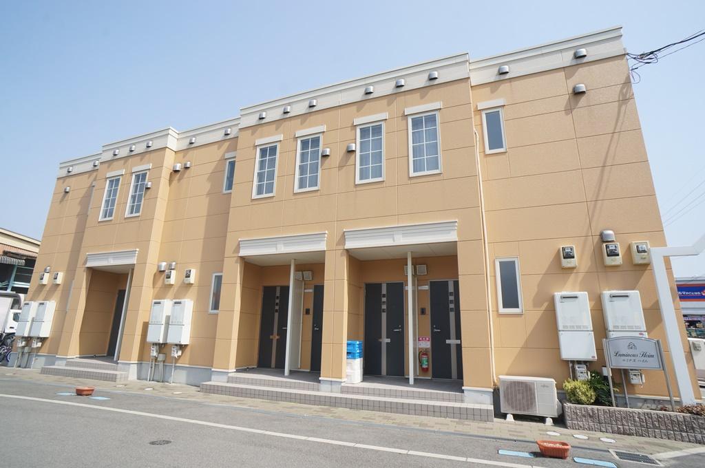 奈良県葛城市、御所駅徒歩13分の築5年 2階建の賃貸アパート