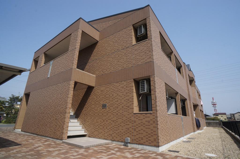 奈良県大和高田市、高田駅徒歩17分の築7年 2階建の賃貸アパート
