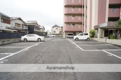 メゾン田井新町[2LDK/68m2]の駐車場