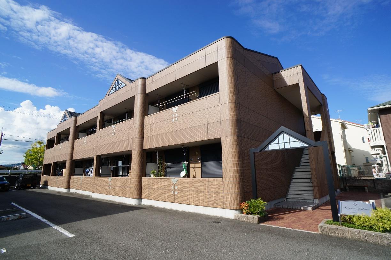 奈良県葛城市、磐城駅徒歩4分の築8年 2階建の賃貸アパート