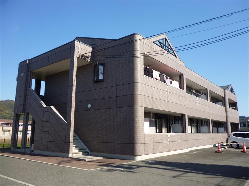 和歌山県和歌山市、黒江駅徒歩29分の築12年 2階建の賃貸アパート