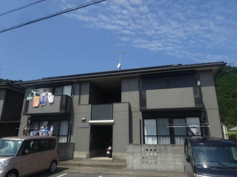 和歌山県海南市の築16年 2階建の賃貸アパート