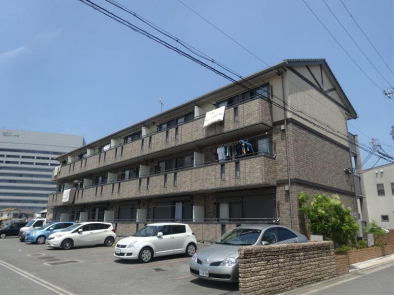 和歌山県和歌山市、宮前駅徒歩9分の築11年 3階建の賃貸アパート