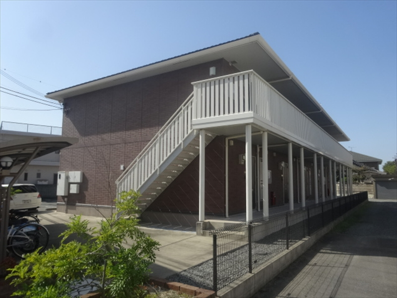 和歌山県和歌山市、東松江駅徒歩10分の築7年 2階建の賃貸アパート