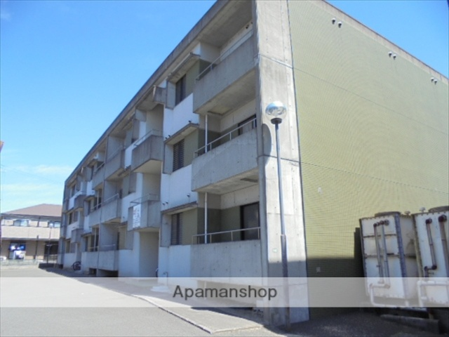 和歌山県和歌山市、和歌山港駅徒歩25分の築28年 3階建の賃貸マンション