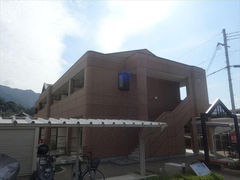 和歌山県海南市、海南駅徒歩26分の築8年 2階建の賃貸アパート