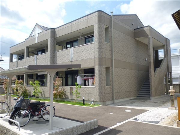 和歌山県海南市、海南駅徒歩7分の築5年 2階建の賃貸アパート