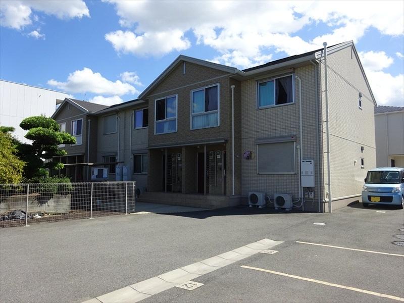 和歌山県和歌山市、宮前駅徒歩16分の築4年 2階建の賃貸アパート