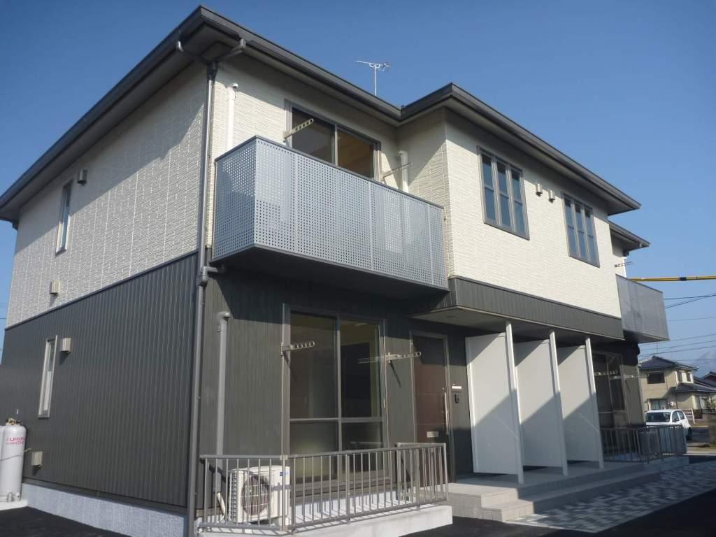 鳥取県米子市、伯耆大山駅徒歩3分の築4年 2階建の賃貸アパート