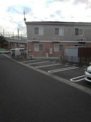 クレセント上乃木D[2LDK/58.58m2]の駐車場