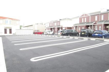ドミールⅡ[1LDK/50.42m2]の駐車場