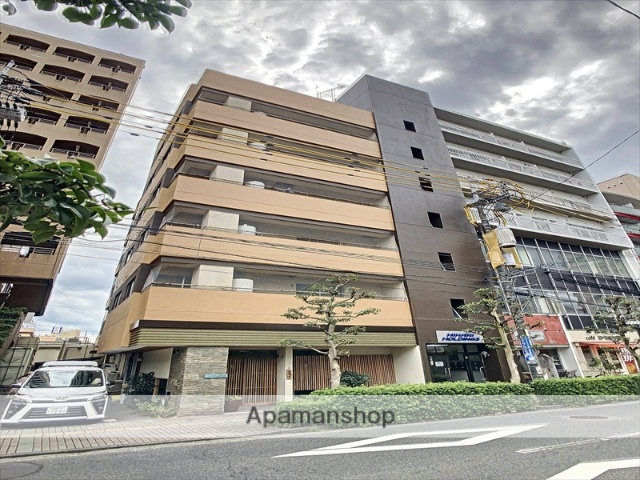 岡山県岡山市北区、岡山駅徒歩11分の築35年 6階建の賃貸マンション
