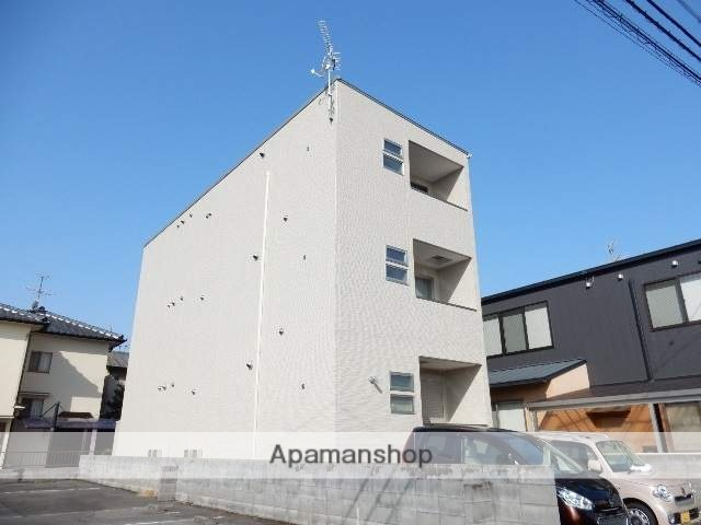 岡山県岡山市北区、岡山駅徒歩18分の新築 3階建の賃貸アパート