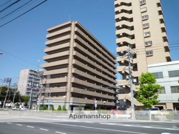 岡山県岡山市北区、岡山駅徒歩12分の築11年 10階建の賃貸マンション