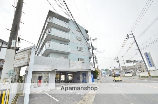 岡山県倉敷市、倉敷駅徒歩18分の築26年 5階建の賃貸マンション
