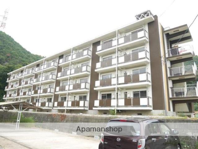 岡山県備前市、香登駅徒歩19分の築49年 4階建の賃貸マンション
