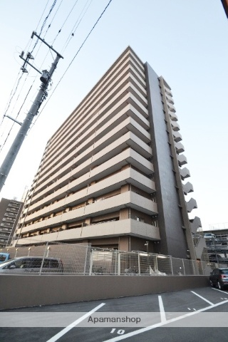 岡山県岡山市北区、岡山駅徒歩16分の築3年 14階建の賃貸マンション