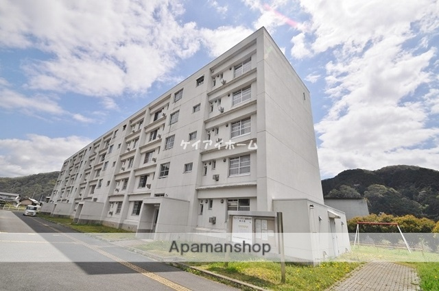 岡山県岡山市北区、建部駅徒歩15分の築19年 5階建の賃貸マンション