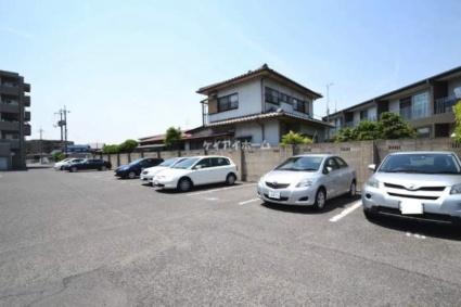 サーパス後楽園[2LDK/71.9m2]の駐車場