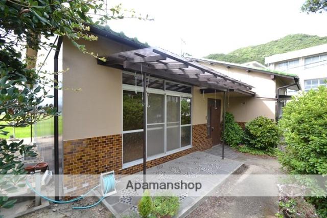 岡山県玉野市、八浜駅徒歩46分の築46年 1階建の賃貸アパート