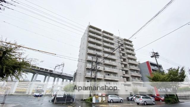 岡山県岡山市北区、岡山駅徒歩11分の築20年 10階建の賃貸マンション