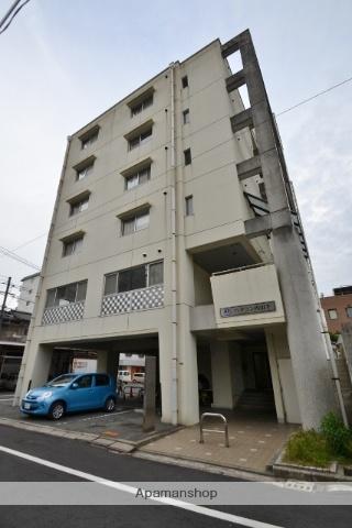 岡山県岡山市北区、岡山駅徒歩21分の築20年 6階建の賃貸マンション