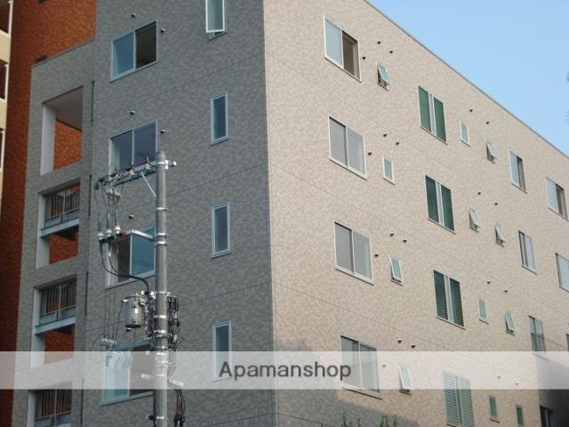 岡山県岡山市北区、岡山駅徒歩16分の築8年 6階建の賃貸マンション
