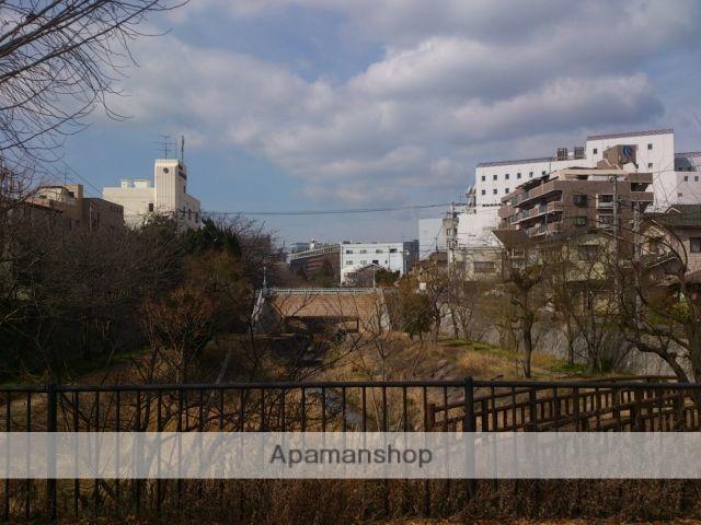 岡山県岡山市中区、岡山駅徒歩30分の築3年 6階建の賃貸マンション