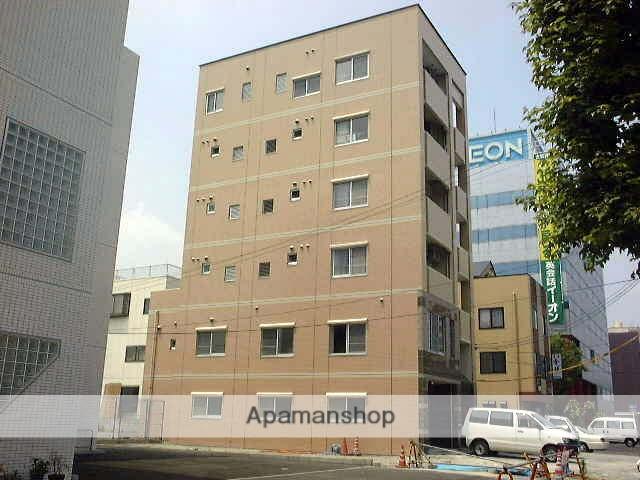 岡山県岡山市北区、岡山駅徒歩17分の築14年 5階建の賃貸マンション