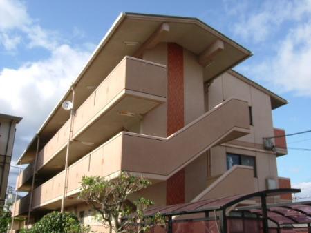 岡山県岡山市北区、法界院駅徒歩11分の築21年 3階建の賃貸マンション