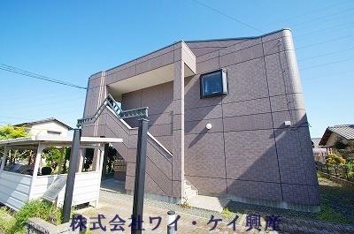 岡山県倉敷市、新倉敷駅バス23分黒崎下車後徒歩3分の築14年 2階建の賃貸アパート
