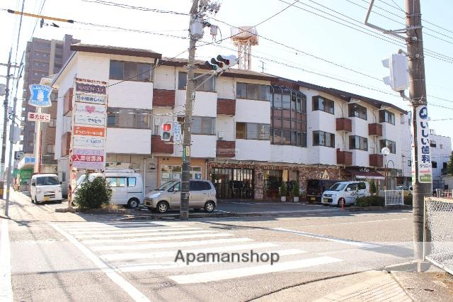 広島県福山市、備後赤坂駅徒歩69分の築31年 3階建の賃貸アパート