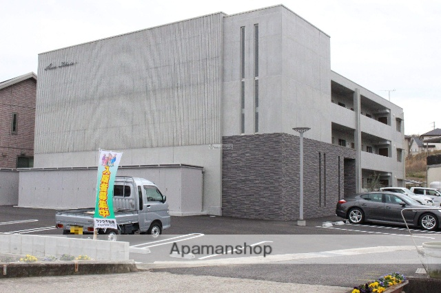 広島県尾道市、東尾道駅徒歩18分の築1年 3階建の賃貸マンション