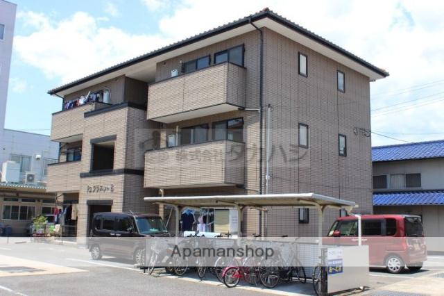広島県福山市、御領駅徒歩26分の築16年 3階建の賃貸アパート