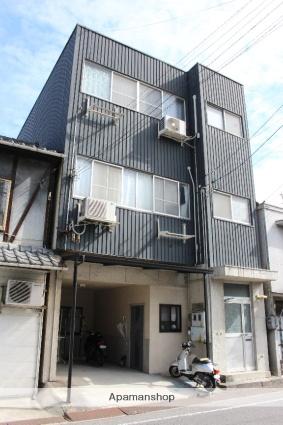広島県尾道市、尾道駅徒歩25分の築102年 3階建の賃貸アパート