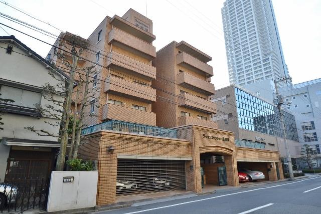 広島県広島市中区、女学院前駅徒歩4分の築32年 6階建の賃貸マンション
