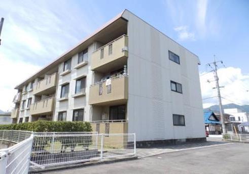 広島県廿日市市、宮内串戸駅徒歩6分の築25年 3階建の賃貸アパート