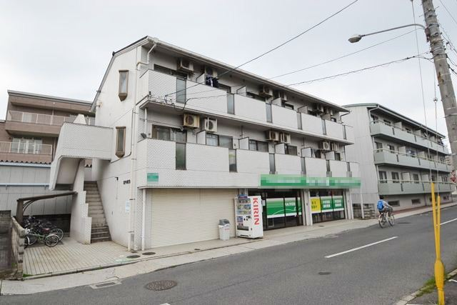 広島県広島市佐伯区、広電五日市駅徒歩13分の築24年 3階建の賃貸マンション