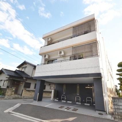 広島県廿日市市、廿日市駅徒歩6分の築28年 3階建の賃貸マンション