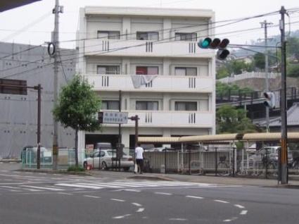 広島県広島市安佐南区、上安駅徒歩10分の築15年 4階建の賃貸マンション